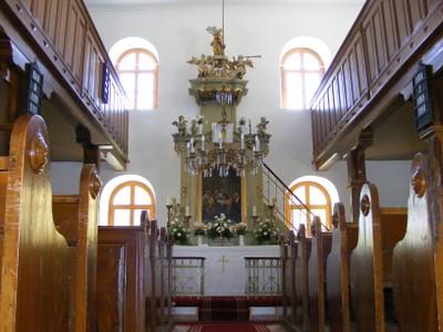 A húsvéti templombelső - small
