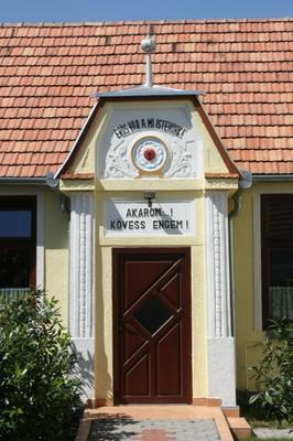 A Gyülekezeti Otthon bejárata