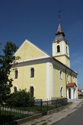 A templom hátulról - small